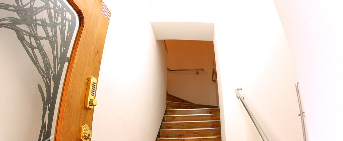 牧神画廊は文化・芸術をベースに あらゆるジャンル創造をお手伝いします。