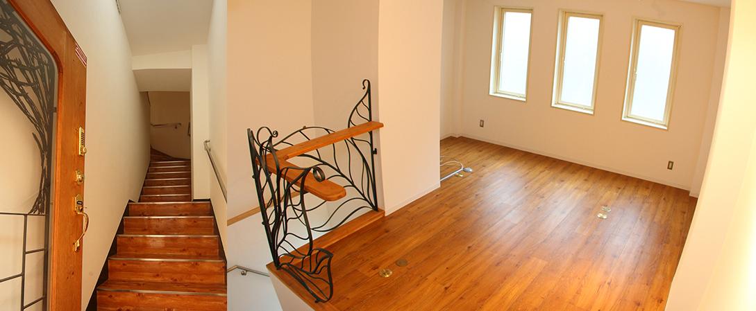 扉を開けるとすぐに階上へのステップです。階段脇にも展示が可能です。